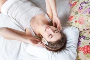 Einschlafrituale sind nicht nur etwas für Babys, sondern helfen auch Erwachsenen bei Schlafstörungen