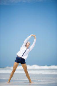 © colourbox - Stretchen und Dehnen ist wichtig für schöne und definierte Muskeln