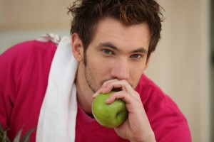 Die richtige Ernährung für das Workout, ab wann darf man sich wieder etwas gönnen?