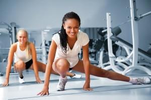 Eigengewichtsuebungen in Verbindung mit fitnessgeräten