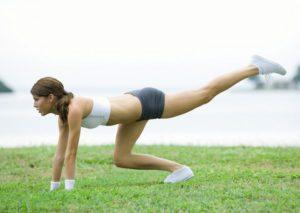 © colourbox - Training mit dem eigenen Körpergewicht