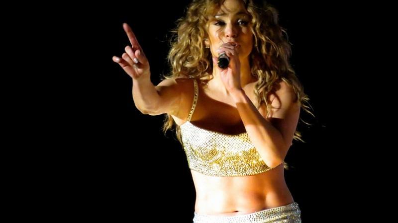 Jennifer Lopez Pop Music Festiva- PROAna Carolina Kley Vita- AKW Fitness Traumbody -Fitnesstrend